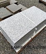 Granit szary płomieniowany 60x60 cm